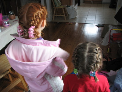 20061117_georgia_maya_french_braids_1.JPG