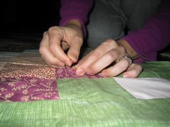 20050930_quilt_for_temple_fundraiser_04.JPG